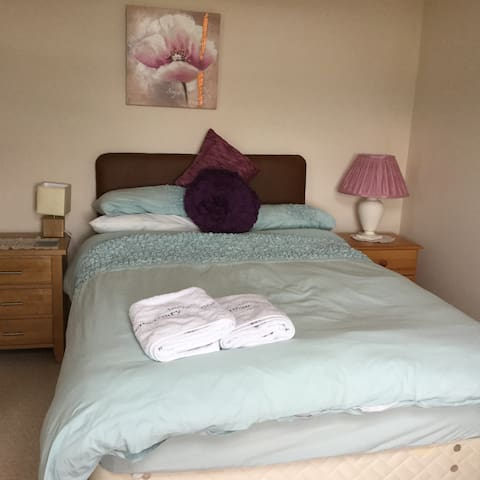 Comfortable Small Double Bed for 2 - Inverness