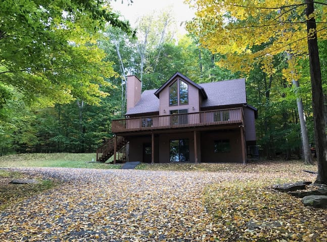 Tranquil Lake Wallenpaupack Getaway - Greentown - Huis