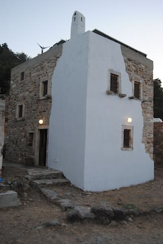 Renovated old traditional House - Kos - Hus