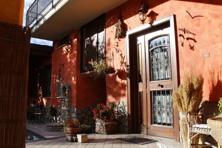 Mary Gio's House - Somma Vesuviana - Hus