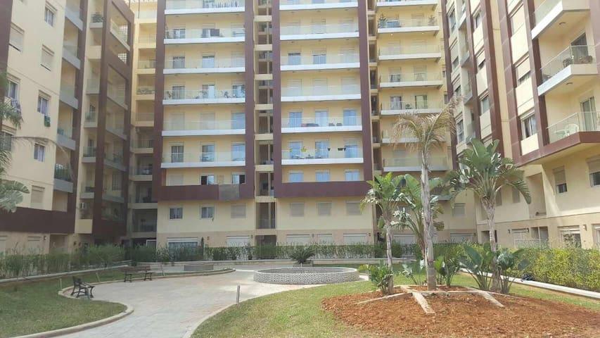 Tres belle appartement moderne et de haut standing - Chéraga - Daire