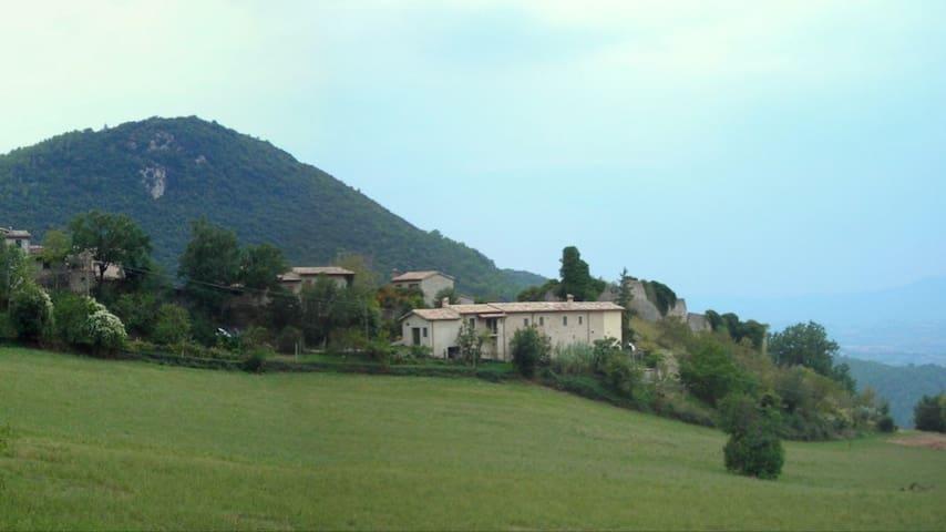 Rent entire house - Spoleto - Huis