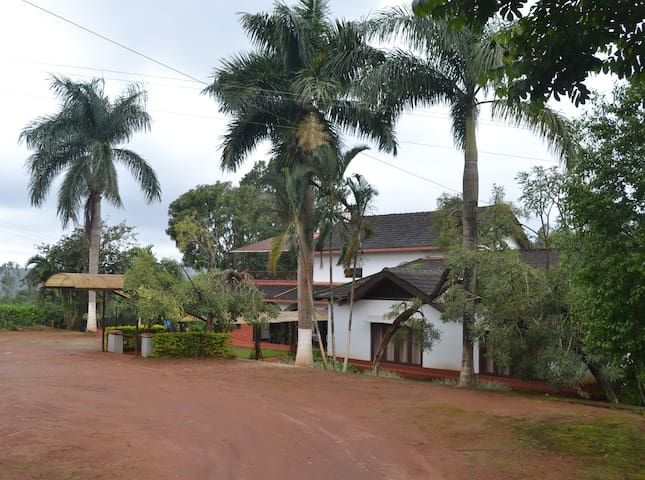 Leisure Vacations Three Rivers Resort, Coorg - Madikeri - Appartement
