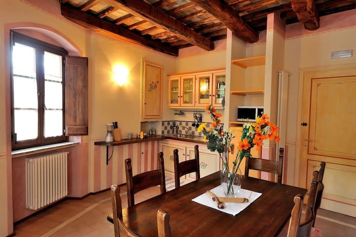 Casa de Firminia - Scheggino - Leilighet
