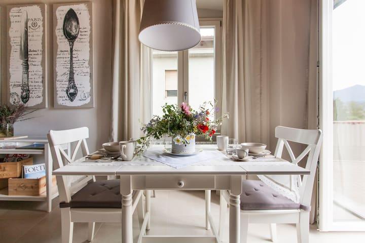 Elegante Residenza Storica - Massa - Appartement