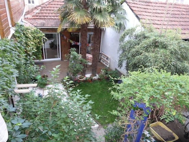 type F2 39 m2 avec petite terrasse - Pau