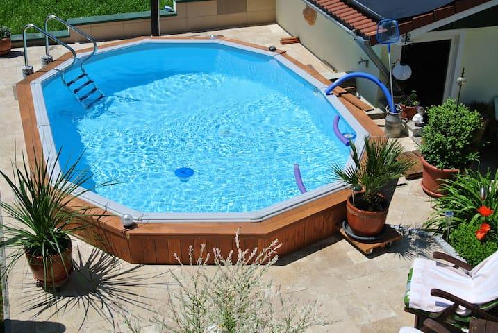 FeWohnung m. Pool  Preis für 2 Pers - Finningen - Appartement