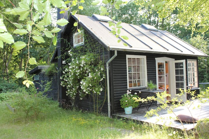 Idyllic cottage close to the beach - Ega - Zomerhuis/Cottage