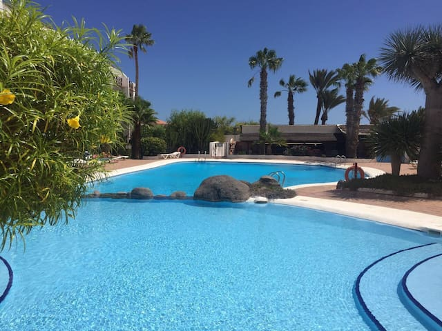 Cozy, Big terrace, Pool, Free Wi-Fi - Амарилья Гольф - Apartemen