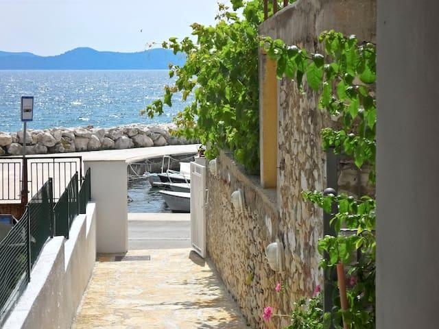 in a quiet position,across the sea +beautiful view - Zadar - Lägenhet