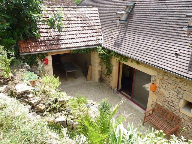 Charmante maison familiale typique du Périgord - Badefols-sur-Dordogne - Ev