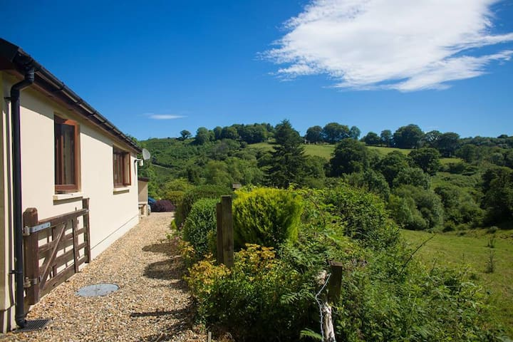 Relaxing countryside escape - Ceredigion - Bungalow