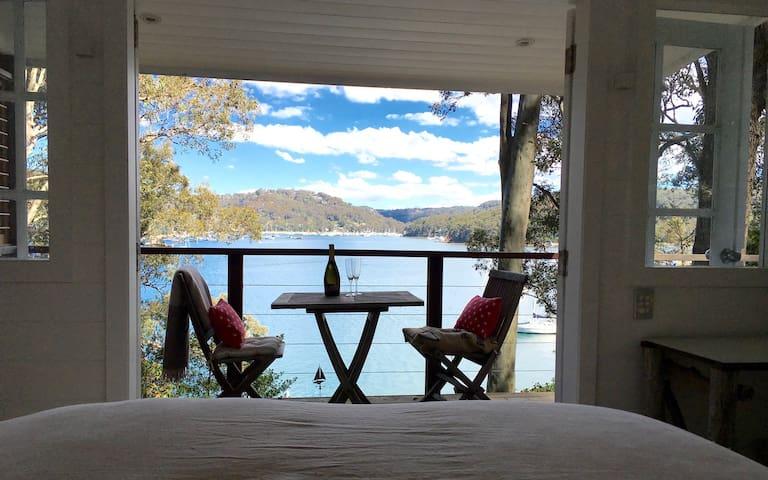 Romantic, private cabin for two - Lovett Bay - Hytte