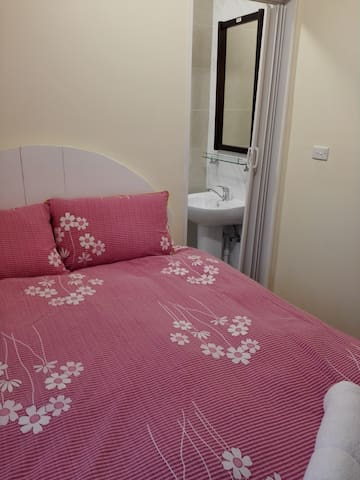 Cosy and quiet ensuite  room - Hurstville Grove - Talo