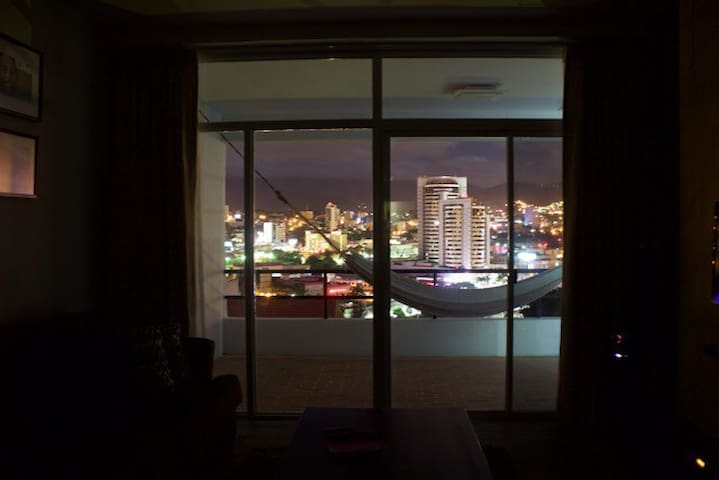 Modern Apt. Great View, Minimalista - Tegucigalpa  - 公寓