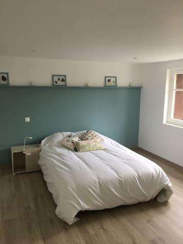 Petit studio 35 m2 à Bergerac - Bergerac - Huoneisto