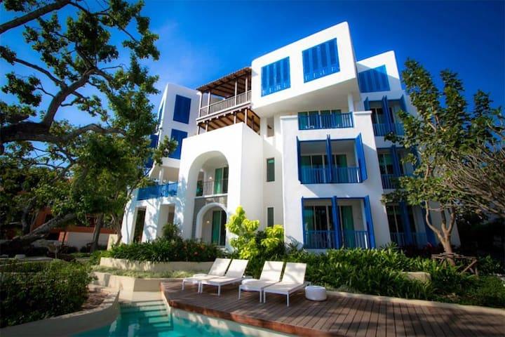 Chelona Greece style accomodation! - Hua Hin