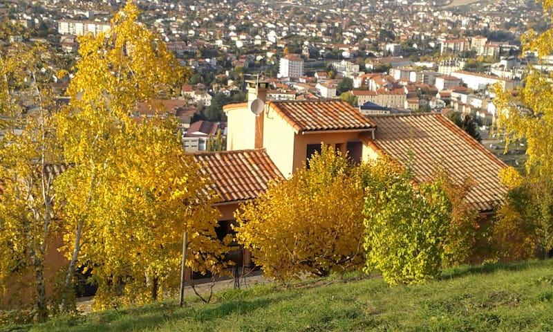 Gîte les hauts de Souloumiac - Millau - Lägenhet