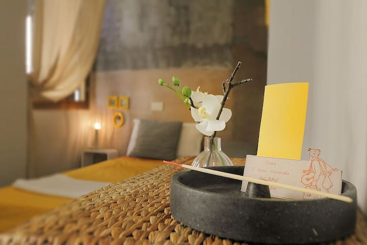 The Place for  Travelers - Yellow Room - Florence - Apartemen