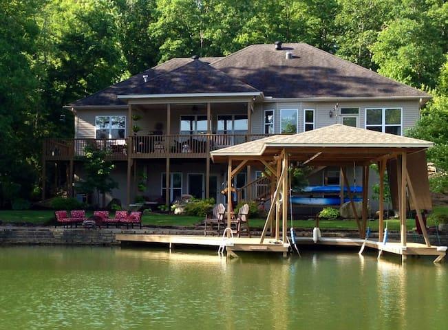 Golf, Lakefront, Fish, Bikers, Hike - Hot Springs Village - 獨棟