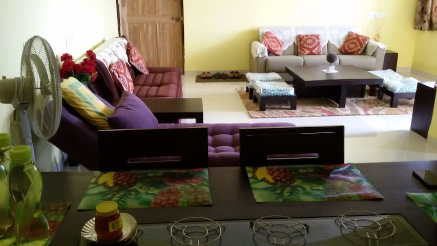 Fully serviced Goa holiday home - Bicholim - Daire