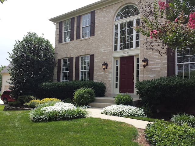 Home a way from home - Ashburn