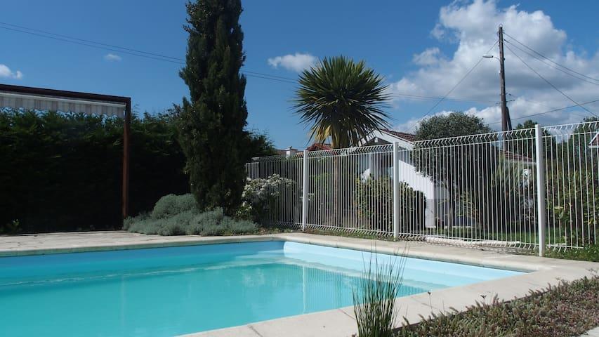 Studio 2pers. 20m2 - piscine - Saint-Paul-lès-Dax - Casa
