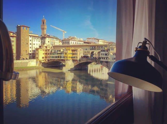 Ponte Vecchio Luxury View Suite - Florence - Appartement