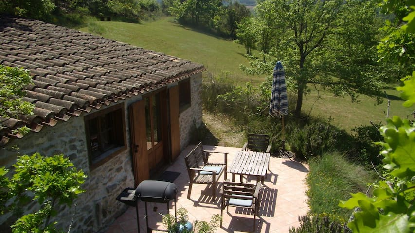 charming Bergerie, heated pool, romantic grounds - Roquetaillade