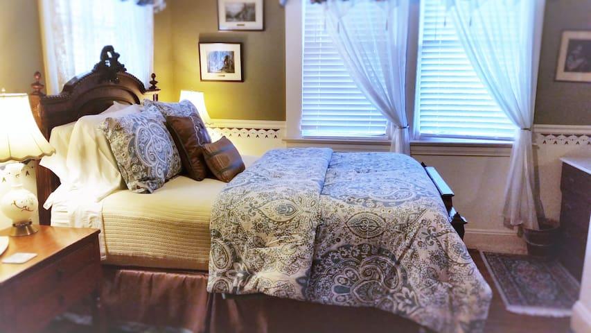 Queen Room with Breakfast - Healdsburg - Bed & Breakfast