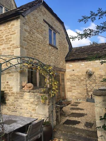 Outstanding Rural Retreat on the doorstep of Bath - Box - Huis
