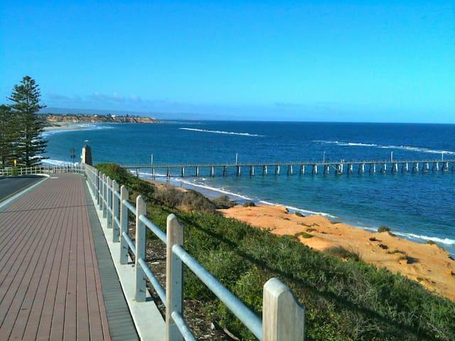 Best reef views in Port Noarlunga! - Port Noarlunga