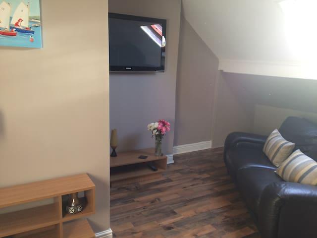 Top Floor Apartment in Edwardian Home - Lytham Saint Annes - Huoneisto