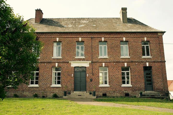 Maison de L'art - Regnauville - Bed & Breakfast
