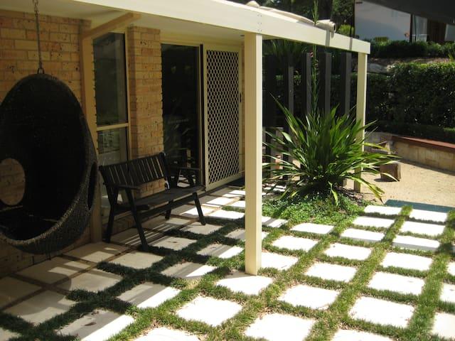 Garden Room Apartment - Illawong - Apartamento