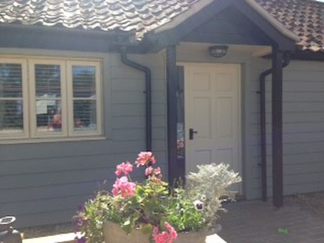 Barn Cottage - Helhoughton - Huis