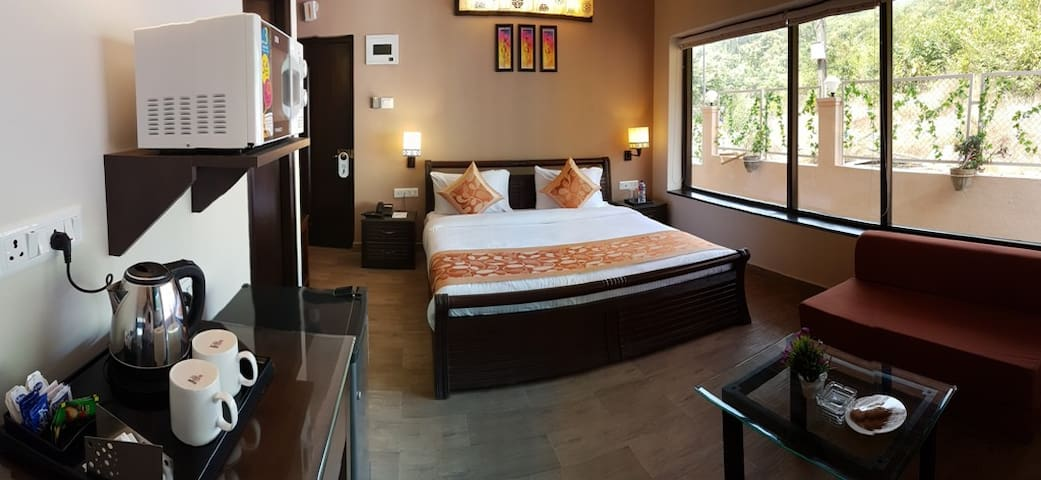 Deluxe Room for Couples at Arpora Baga Road, Goa - North Goa - Boutique ξενοδοχείο