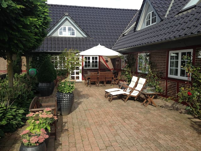 Country Bed & Breakfast Horsens - Horsens - 家庭式旅館