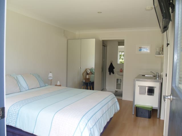 Studio room/ensuite with own entry - Lennox Head - Maison