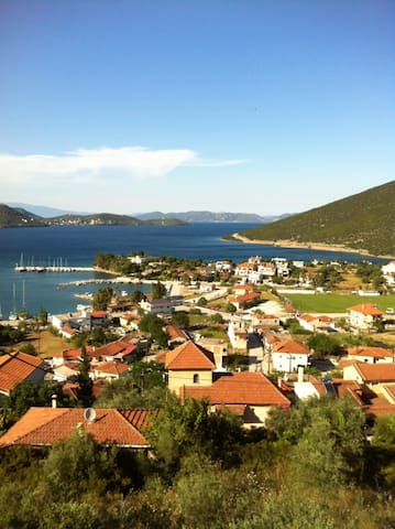 Panorama View - Achillio - Daire