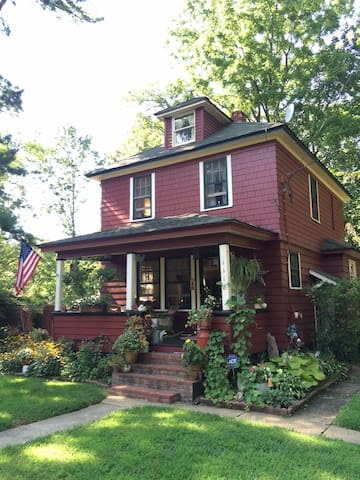 Rustic Farmhouse with Eclectic Charm2 - Middletown - Huis