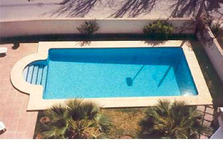 Sea side, town, swimming pool. Amazing location - Altea - Apartemen