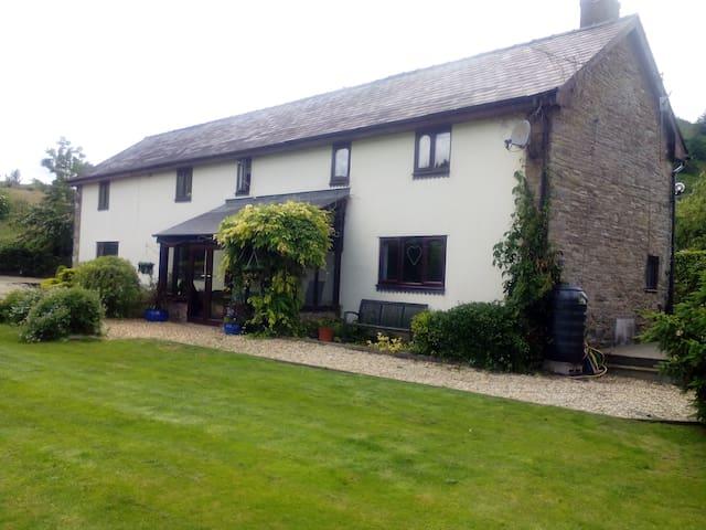 Dol y Felin bed and breakfast - Powys