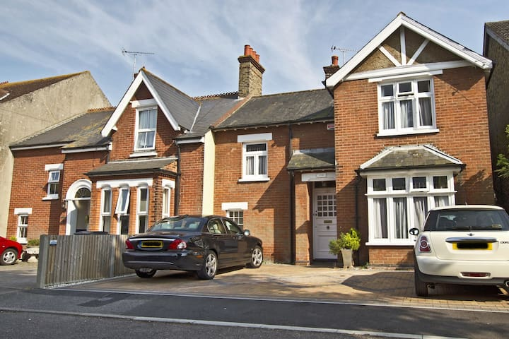 Endearing House in Quaint Deal, Kent - ディール - 一軒家