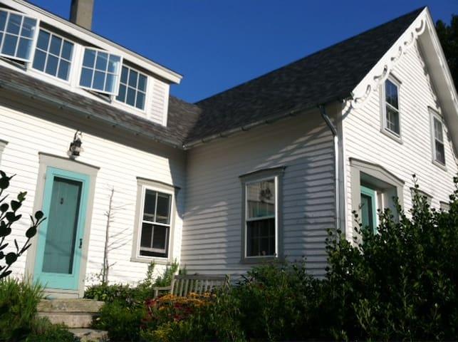 Private Room Tenants Harbor/St. Geo - St. George - Huis