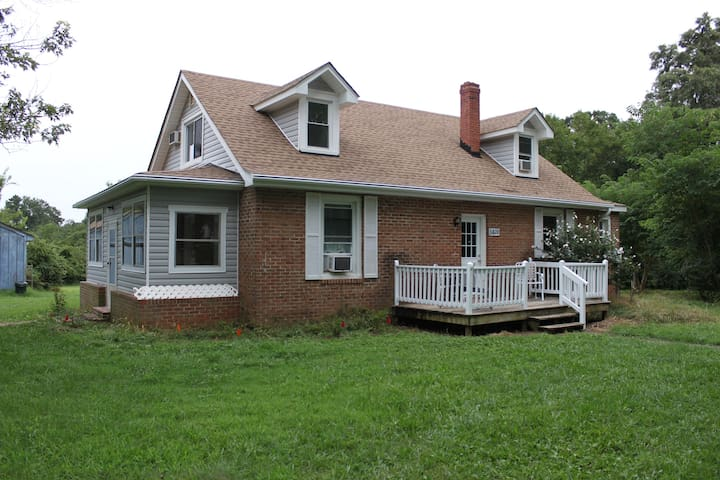 Guest House at the Courthouse - Powhatan - Casa
