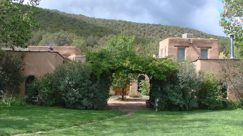 Private Hacienda - Secluded Setting - Hotchkiss - Ev