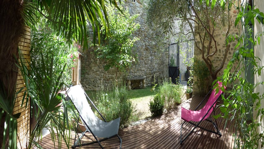 BEAUTIFUL COTTAGE ALL INCLUDE IN DRÔME PROVENÇALE - Grignan - 生態土屋