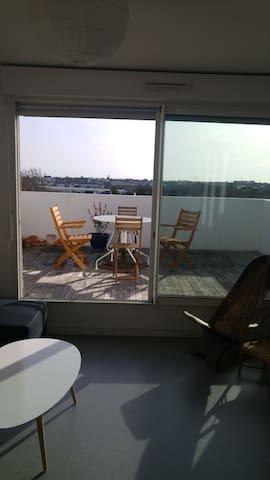 Bel appart+parking grande terrasse et superbe vue. - Saint-Nazaire - Appartement