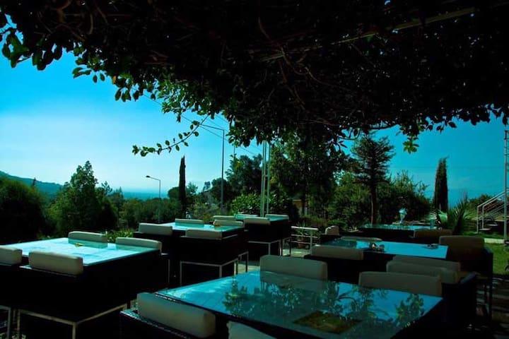 Zone Boutique Hotel Bellapais - Ozanköy - Bed & Breakfast